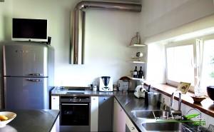 retro virtuve, saldytuvas, moderni virtuve, retro virtuve, plieninis stalvirsis