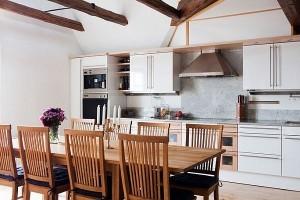 virtuves-baldai-stalas-300x200