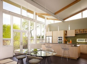virtuves-baldai-su-daug-langu-300x221
