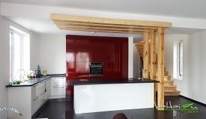 Virtuves baldai raudoni