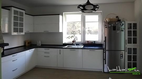 virtuvės baldai, virtuviniai baldai, klasikiniai baldai