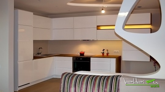 moderni virtuve, modernus virtuves baldai, dazyta virtuve
