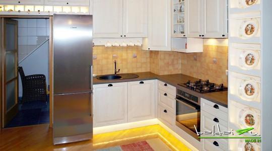 Klasikiniai baldai, Baldai4u, klasikiniu baldu gamyba, klasikiniai virtuves baldai