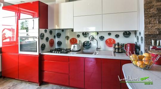 Virtuves baldai, virtuvės baldai, virtuviniai baldai, raudona virtuvė